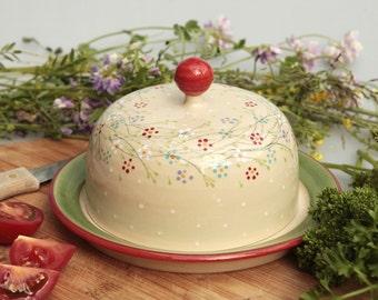 Flowery butter dish