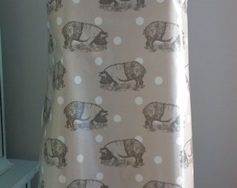 PIG Oilcloth Apron, Wipe Clean Apron, PVC Apron, Traditional Apron, Baking Gift, Cook's Gift, Mothers Day Gift, Kitchen Gift, Pig Gift, PIGS