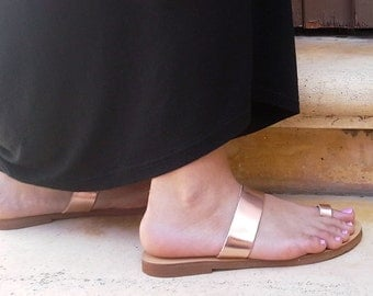Handmade Leather Toe ring slides in Rose gold leather
