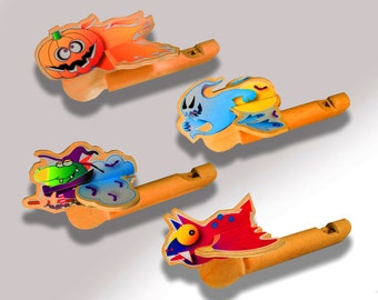 Halloween wooden whistles - Party favors - four piece assortment