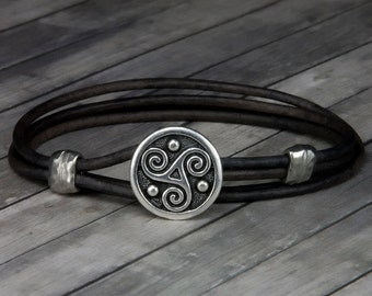 Triskele Charcoal Leather Bracelet - Leather Wrap Bracelet - Mens Leather Bracelet - Womens Leather Bracelet - Celtic - St Patricks Day