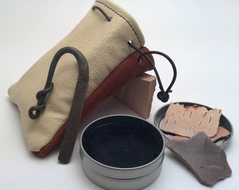 Flint and Steel Fire Starter Kit Tinder Box Forged Fire Striker