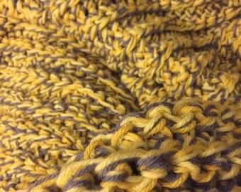 Chunky crochet queen size blanket
