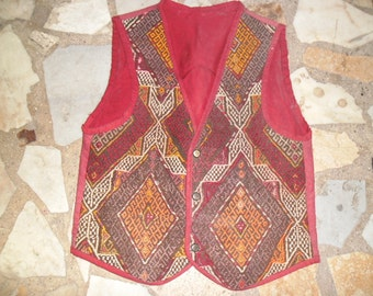 kilim rug vest ,24x20inc(M size), turkish handmade dress, wool kilim vest oriental kilim and fabric cloth backside red frontside kilim