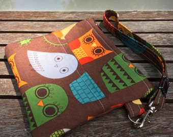 Brown Owl Wristlet Wallet, Pouch