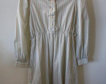 Vintage Girl's Dress / 1960s-70s Girls Dress / XS Striped Dress