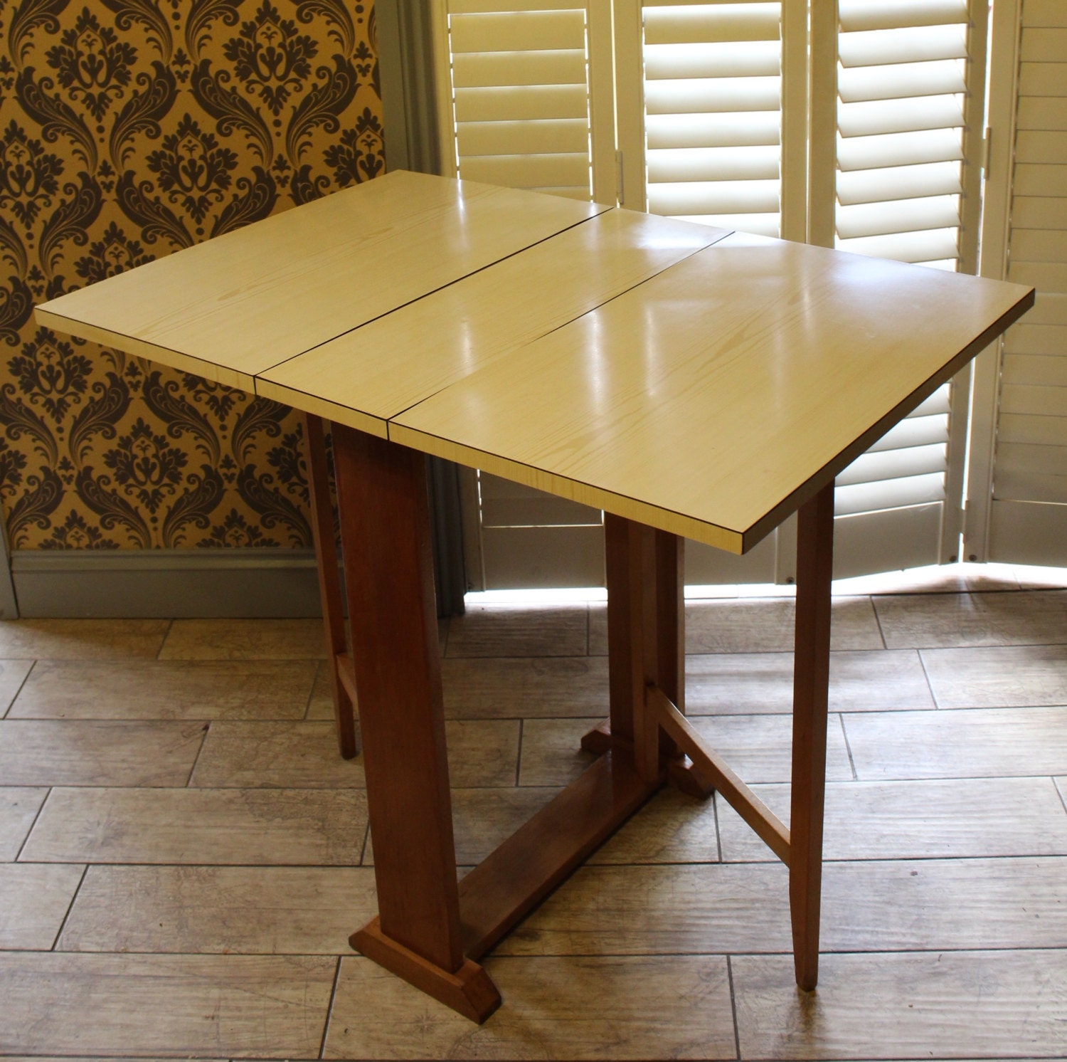 vintage retro drop leaf formica table good by bespokebydionne. Black Bedroom Furniture Sets. Home Design Ideas