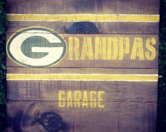 Grandpa's Garage NFL Rustic Greenbay Packers Wood Sign, Dad's Garage, Vintage NFL Sign, Christmas Gift, Birthday Gift, Fathers Day Gift