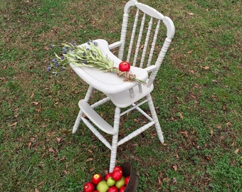 Stunning Vintage High Chair / Childs Photo Prop Chair