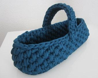 Basket in trapilho with handle, hook basket, storage basket, zpagetti basket, yarn basket, knited yarn basket, storage basket