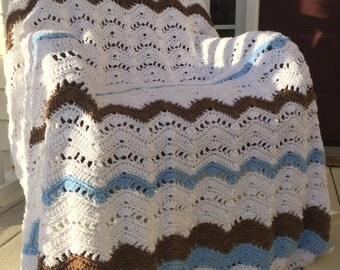Chunky crochet throw blanket
