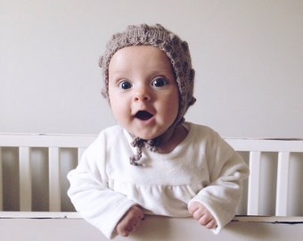 Popcorn baby bonnet