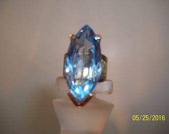 Aqua Blue topaz marquis cut modern mount, 18K gold