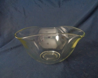 Tri-corner glass bowl - 1970's vintage
