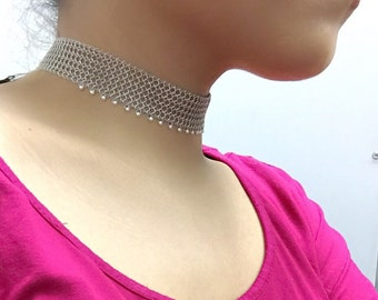 Stylish Mesh Choker in 14k Solid White Gold with 2mm Freshwater Pearl
