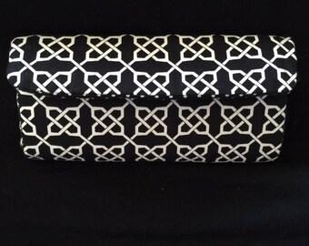 Black and White Geometric Clutch