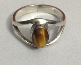 Stunning tigers eye sterling silver ring size 8