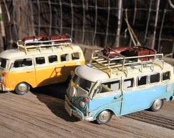 Volkswagen bus with case,quilt and tire