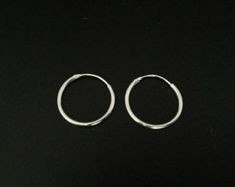 Small Endless Hoop Earrings // 925 Sterling Silver // 16mm