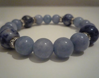 Sodalite and aquamarine bracelet