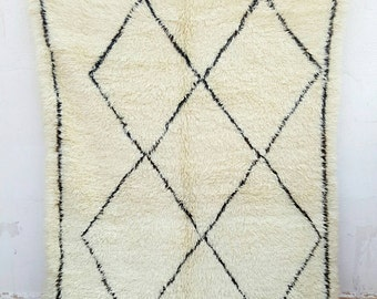 Old beni'ouire wool with line Brown