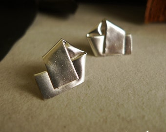 Origami Post-it Earrings in Sterling Silver/Silver Button Earrings/Fold Earrings/Pentagon Earrings/Free style Earrings/Geometry Earrings