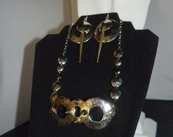Metal Circular Necklace and Earring Set