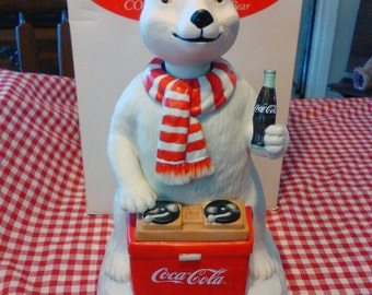 """1-Coca-Cola Polar Bear Musical Figurine """"Limited Edition""""  (1995) Plays Always Coca-Cola on his DJ Turntables / Moves his Head to the Music"""