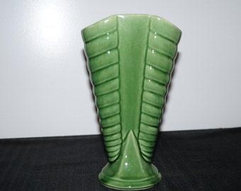 1930's Shawnee 809 Green Vase