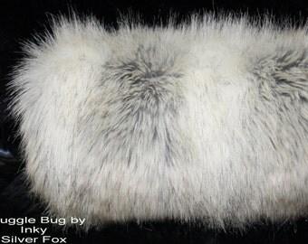Silver Fox Faux Fake Fur MUFF  Hand Warmer Soft Gorgeous Brand New