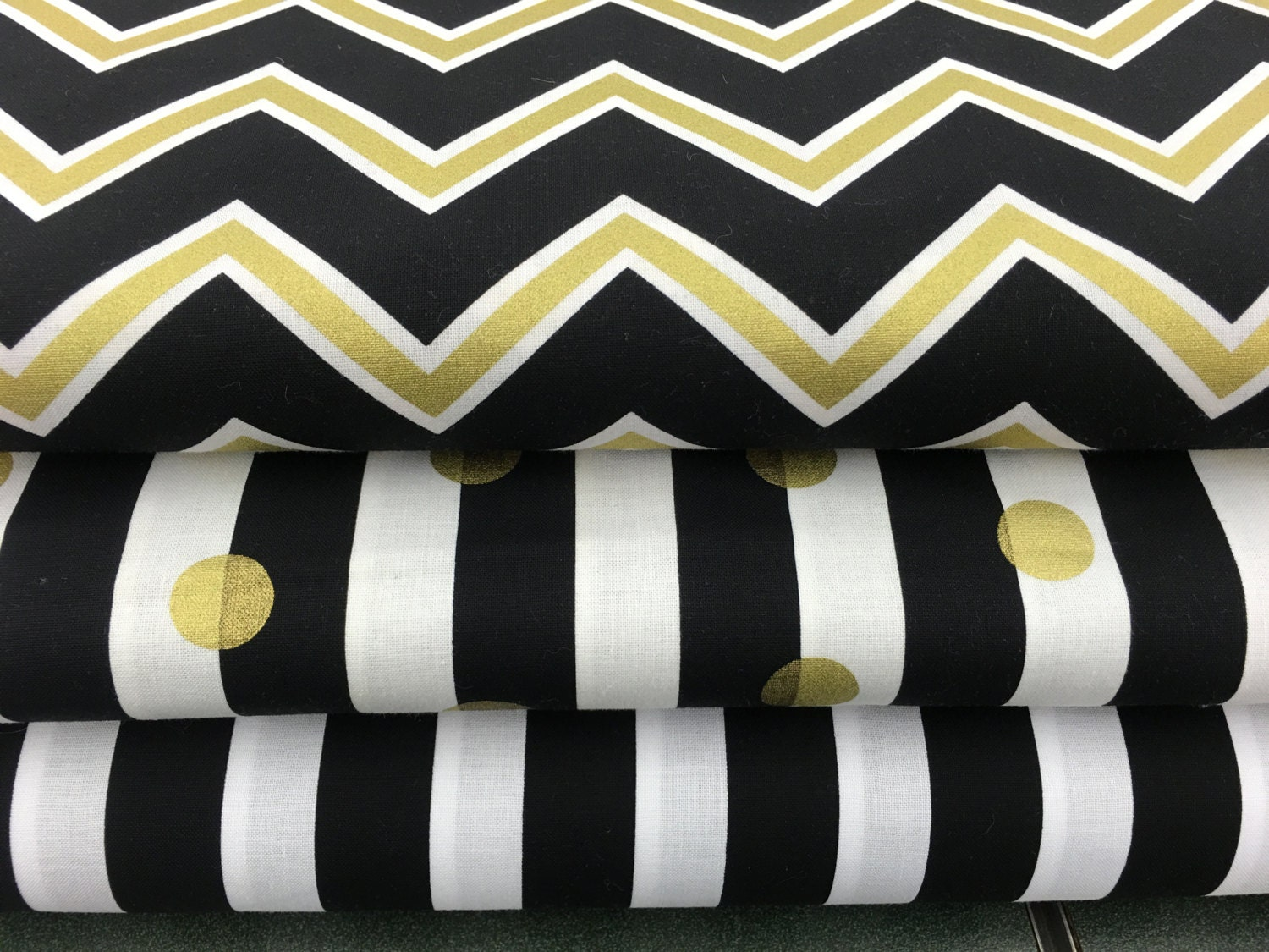 black gold white chevron print floral apparel quilting 100