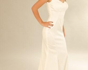 Vintage wedding dress, Backless Wedding Dress, Neck Lace, Trail Wedding Dress,  Bridal gowns, Bridal dress.
