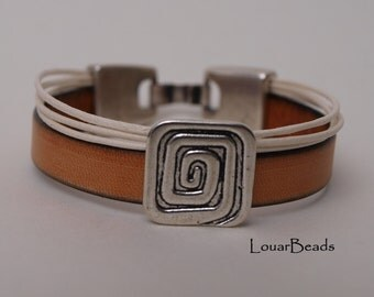 Light Brown Leather Bracelet with Metallic Square