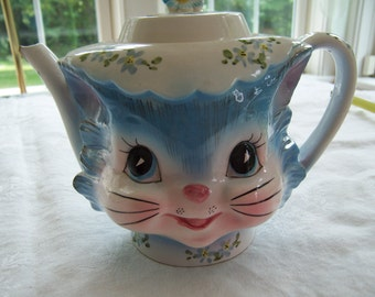 Vintage Lefton Miss Priss Kitty Teapot - 4 Cup