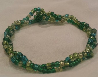 Glass beaded bangle. Green glass beads 9 inch