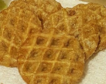 Honey Wheat Woofles (One Pound Bag)