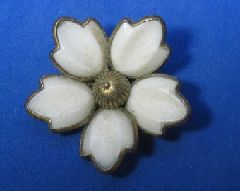 Amazing Vintage Costume Brooch Enameled White Flower