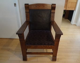 Antique Original Arts & Crafts Mission Style Early American Armchair ca.1905