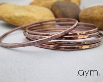 copper bangle bracelet, skinny hammered antique copper stacking bangle, modern minimalist thin everyday bracelet, gift for her free shipping