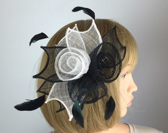Black white fascinator comb white/black wedding bride races funeral occasion hair accessory hair grip