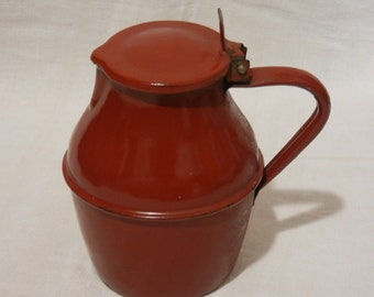 Pot Carafe red enamelled steel brick with lid