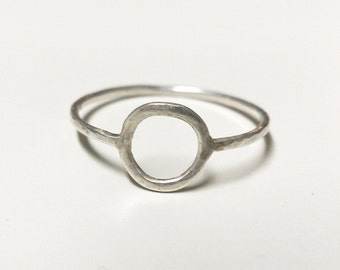 delicate silver ring - circle