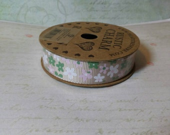 Polyester decorative ribbon with flowers