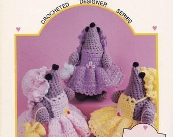 Wee Little Mouse, Dumplin Designs Designer Series Crochet Doll Pattern Booklet DL2