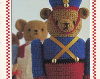 Bears on Parade, Annie's Attic Crochet Pattern Booklet 87F32 Toys & Dolls