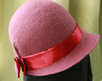 "Felted hat ""Romance"""