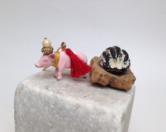 The magical pig animal necklace
