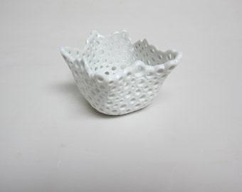 Porcelain Ring Tealight Candle Holder