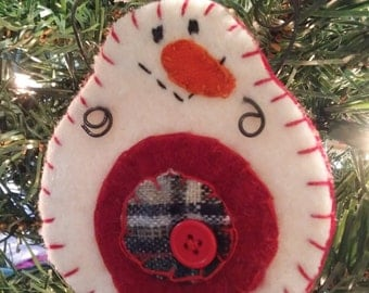 Penny Snowman Ornament/red w/red button