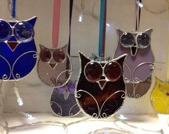 Stained glass googly eyed Owl